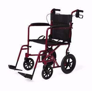 Chaise de transport - 214.99$ - Livraison gratuite partout au Québec - Neuf - Aucune taxes sur fauteuil roulant
