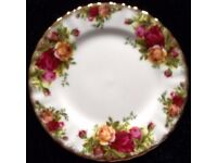 6 Royal Albert 'Old Country Roses' Plates (W16cm)