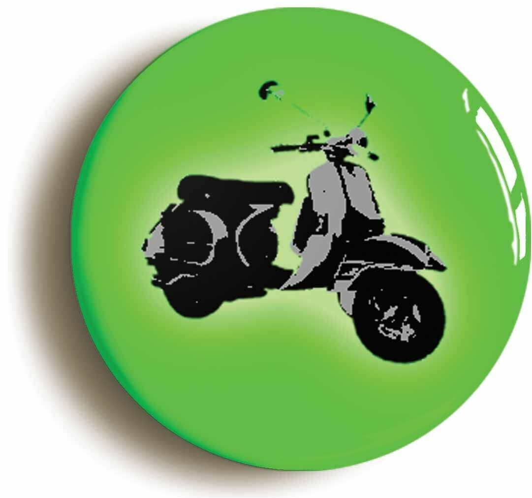 green mod scooter retro sixties badge button pin (size is 1inch/25mm diameter)