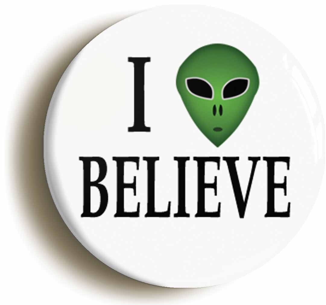 i believe alien badge button pin (size is 1inch/25mm diameter) et roswell