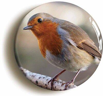 ROBIN BIRD WATCHING BADGE BUTTON PIN (Size is 1inch/25mm diameter)