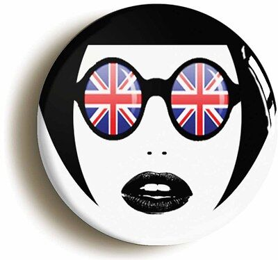 mod sunglasses girl retro sixties badge button pin (1inch/25mm diameter) 1960s