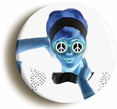 mod badge button pin negative girl retro sixties (size is 1inch/25mm diameter)