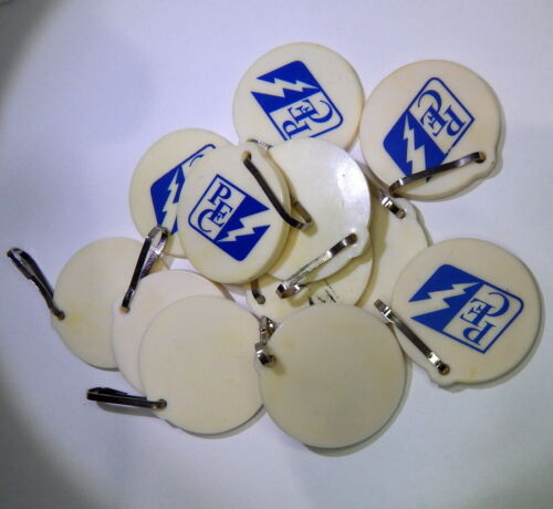 """26 Flexible Plastic Key Tags Labels with Metal Clasps 1.5"""" Across USA Seller"""
