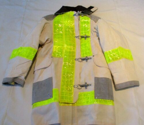 JANESVILLE CHIEF Firefighter Turnout JACKET Size  32  NEW