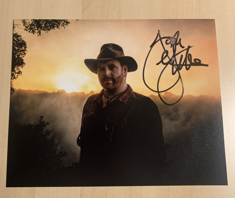 JOSH GATES HAND SIGNED 8x10 PHOTO AUTOGRAPHED EXPEDITION UNKNOWN SHOW COA