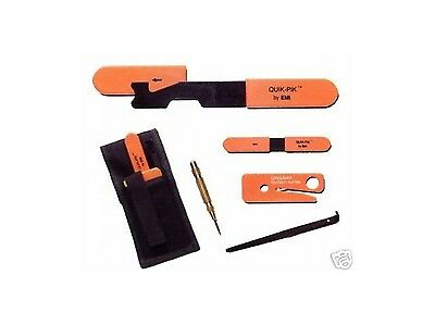 Auto Car Rescue Tool Kit Center Window Shove Knife Center Punch Seatbelt Cutter