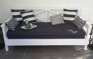 GORGEOUS Outdoor/Indoor Daybed Buderim Maroochydore Area Preview