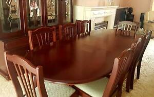 Mahogany Extendable Dining Table + Lead Light Buffet Panorama Mitcham Area Preview