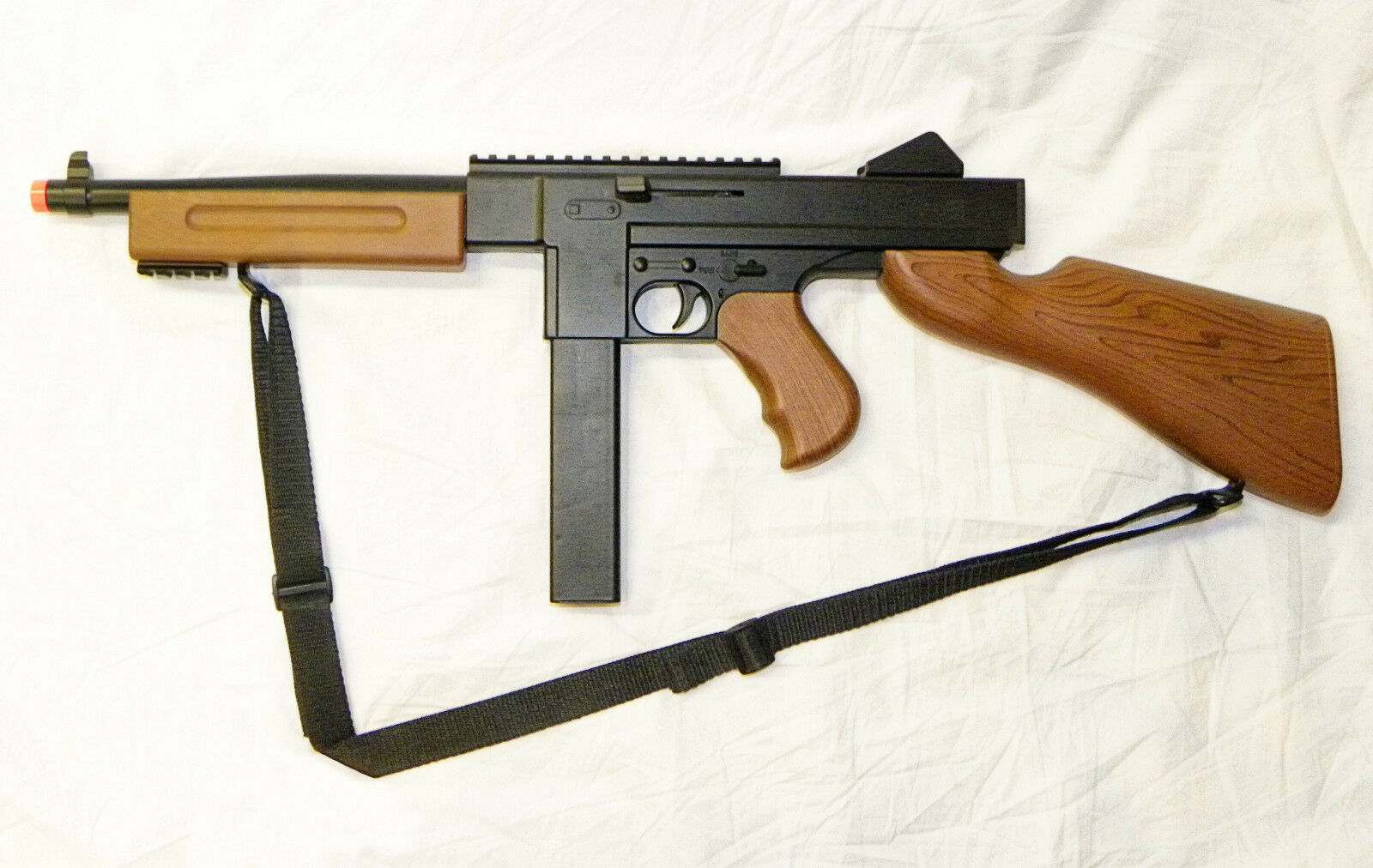 Full Scale U.S. THOMPSON Sub-Machine Gun -- WWII Airsoft Ass