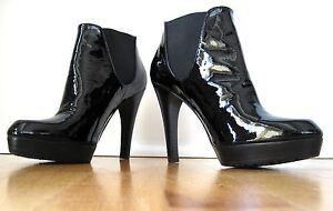 Stuart Weitzman Patent Leather Platform boot Ankle 6 1/2 Never Worn