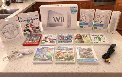 Wii Sports Bundle LIKE NEW