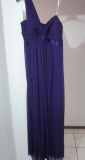Elegant Purple Dress Size 22 For Sale Gladstone Park Hume Area Preview