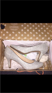 Size 8 high heels worn only once!! $20 OBO