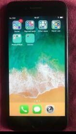 iPhone 7 jet black 32gb £300 Ono!