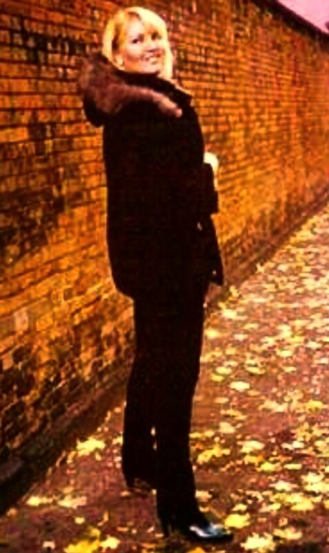 FERRAGAMO BOOTS BLACK LEATHER ANKLE PHOTO SHOOT ITALY 11B La Dolce Vita