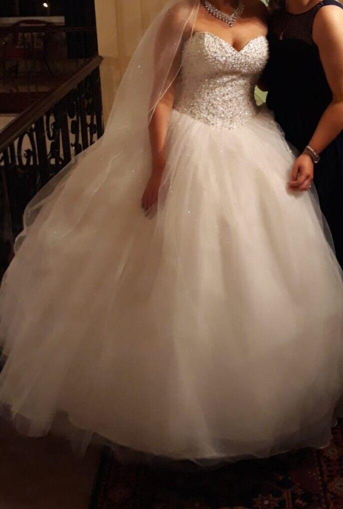 Princess Diamond And Pearl Wedding Dress In Tilbury Es Gumtree