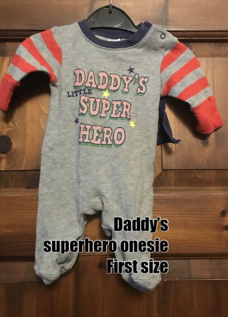 f948c6b18524 Daddy s super hero baby gro first size - 50p