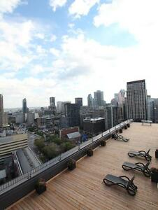 (3 1/2) Spacious unit, renovated building with pool, sun deck,