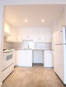 Large 1BR - pool, St-Sacrement, Quebec city