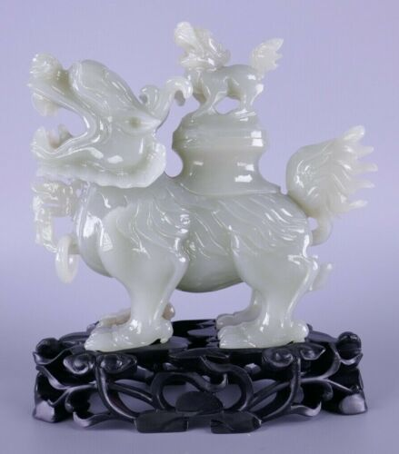 Fine Old Chinese Carved Jade Mythical Beast Dragon Carving Sculpture Scholar