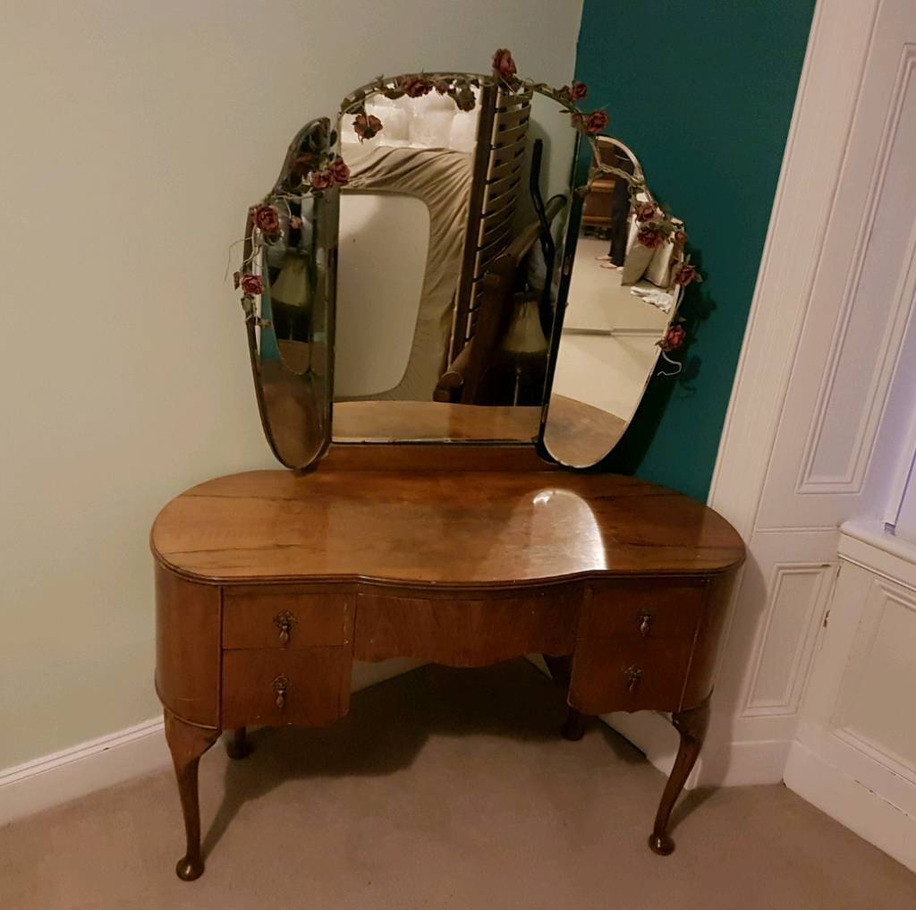 Antique louis french style dark wood dressing table with