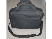 Revelation Rolling Holdall/laptop bag