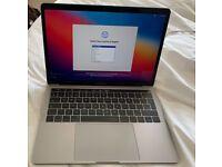 MacBook Pro (13-inch, 2017, Four Thunderbolt 3 ports, 512GB SSD storage)