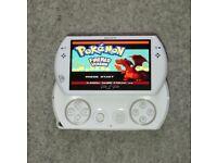 PSP Go 24GB 20 PSP/PS1 & 7000+ Retro Games
