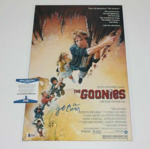 JEFF COHEN 'CHUNK' SIGNED 'THE GOONIES' 12x18 MOVIE POSTER BECKETT COA PROOF BAS