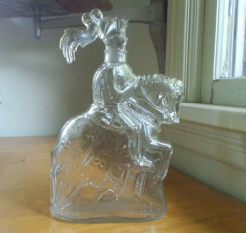 KNIGHT ON HORSE VINTAGE FIGURAL GLASS LIQUOR BOTTLE GROUND HELMET HEAD STOPPER