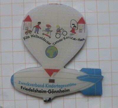 FRIEDELSHEIM - GÖNNHEIM / KINDERTAGESSTÄTTEN .....   Zeppelin Ballon Pin (112h)