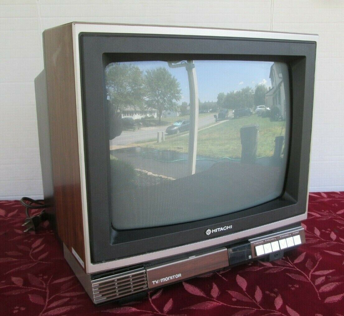 "Vintage Classic 1986  Hitachi 13"" TV/Monitor  model CT1358"