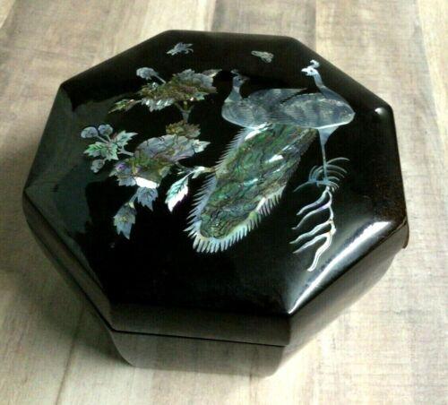 Vtg Mid Century Black Lacquer Octagonal Box Lid Abalone Shell Inlaid Pheasants