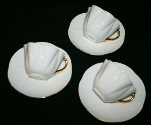 SHELLEY FINE BONE CHINA REGENCY DAINTY CUP & SAUCER LOT OF 3 GOLD TRIM