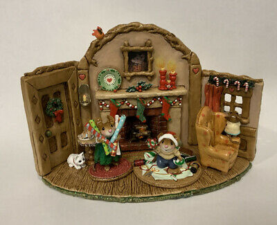 Wee Forest Folk Christmas At Home RARE!! (Display Only-2 other WFF just for Show