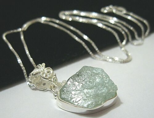 Beautiful Sterling Silver 12.22cts Natural Aquamarine Gem Stone Pendant Necklace