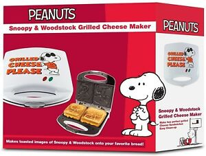 PEANUTS - Snoopy Grilled Cheese Maker