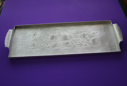Vintage Rectangular ~ Hand Forged Everlast Metal ~ Serving Tray Daisies