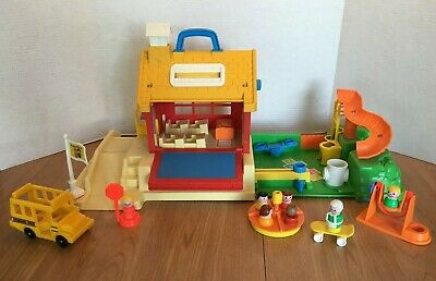 Vtg Fisher Price Little People School House with Original Accessories Rare Find