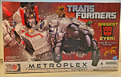 Hasbro Transformers Generations Metroplex, 30th Anniversary Authentic!!!!