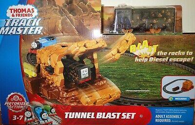Fisher Price Trackmaster Thomas & Friends Tunnel Blast Set Train Playset Toy Kid