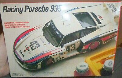 "Testors Fujimi 352 Racing Martini Porsche 935 1/24 ""MODEL Car Mountanin NIB Nib"