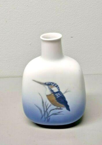 """Vintage Royal Copenhagen Hummingbird Vase 5-3/4"""" tall"""