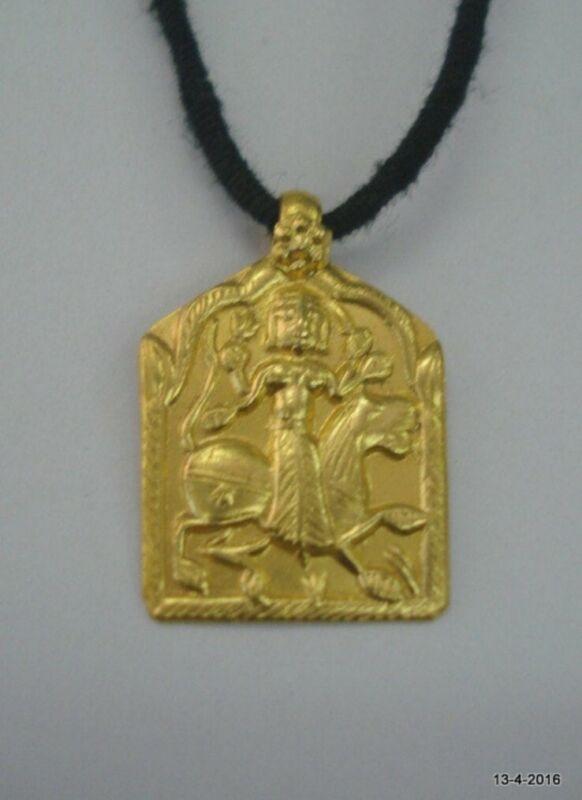 vintage antique 23kt gold amulet pendant necklace hindu goddess durga ma
