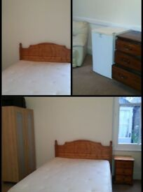 Master bedroom to rent in Denmark Hill