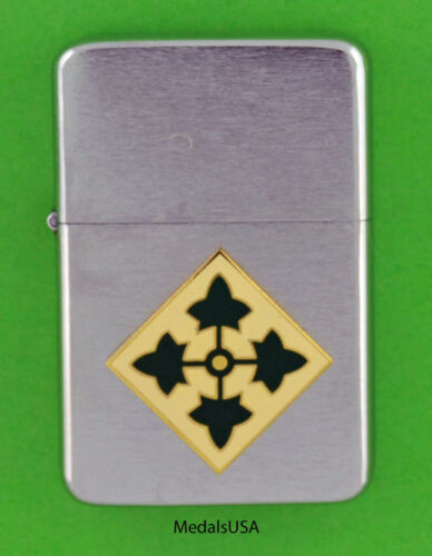 4th INFANTRY DIVISION WIND PROOF PREMIUM LIGHTER IN A GIFT BOX  ARMY SBC13
