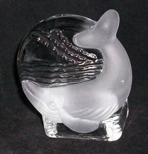 PARTYLITE-Clear-Glass-W-Frosted-Glass-Whale-Tealight-Votive-Candle-Holder-Beach
