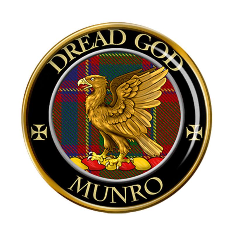 Munro Scottish Clan Pin Badge