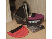 Britax Baby Safe Sleeper Group 0 Lay Flat Car seat/car seat and pram top in one- excellent condition